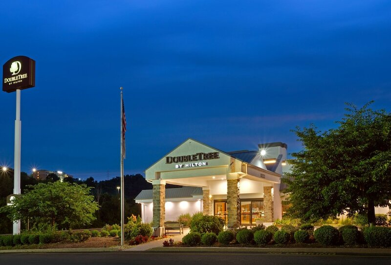 DoubleTree by Hilton Hotel Pittsburgh - Meadow Lands