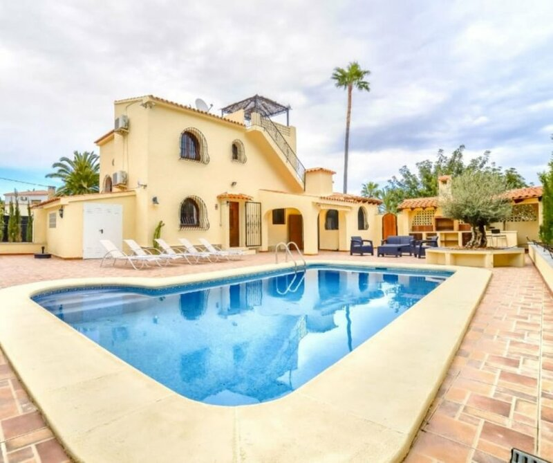Villa - 3 Bedrooms with Pool and WiFi - 106411