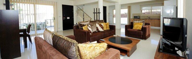 Rent Private Villa 015