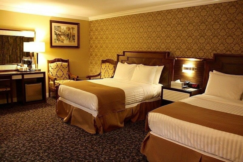 The Deluxe Hotel Vancouver