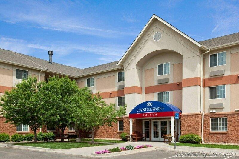 Sonesta Simply Suites Denver West Federal Center