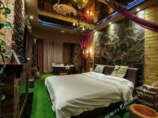 Xilaidu Dielian Couple Hotel