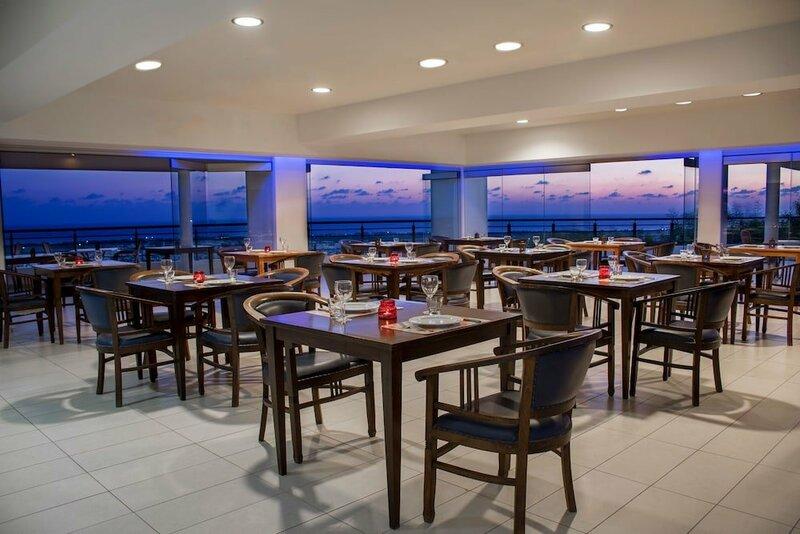 Royal Blue Hotel & SPA Paphos