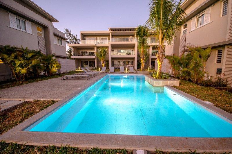 L'Escale Beachfront Luxury Suite by Dream Escapes