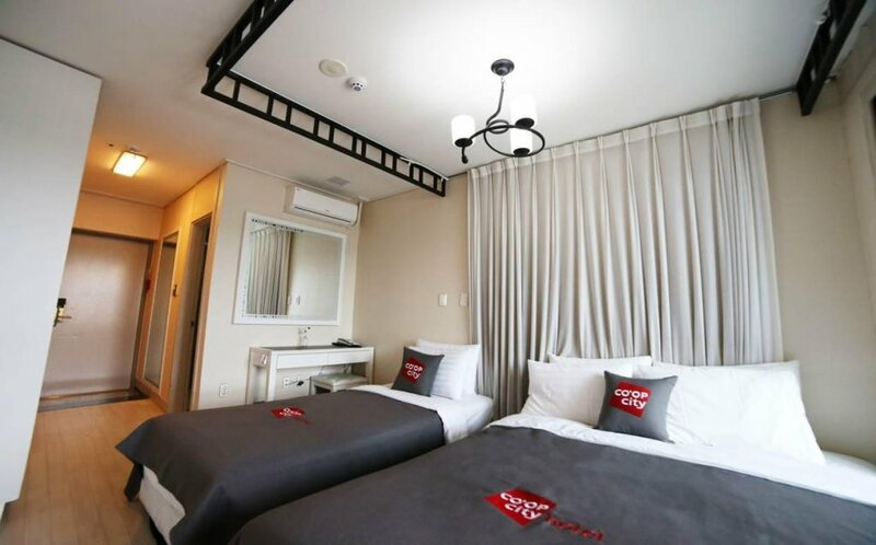 Coop City Hotel Stayco