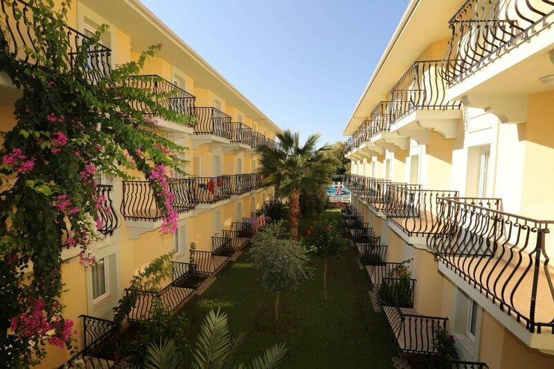 Отель Маврука
