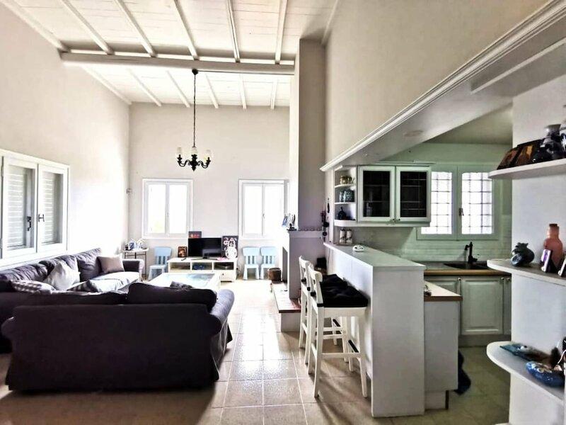 Anissaras Luxury Villa