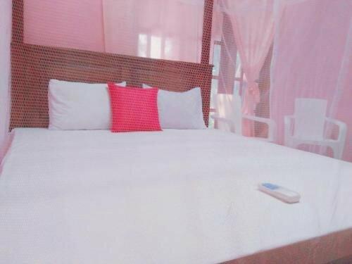 Tharurashmi Holiday Resort