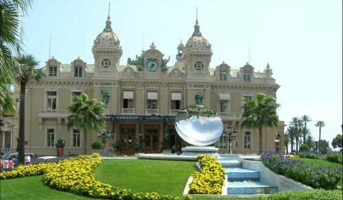Overlooking Monte Carlo - Trophée D'Auguste