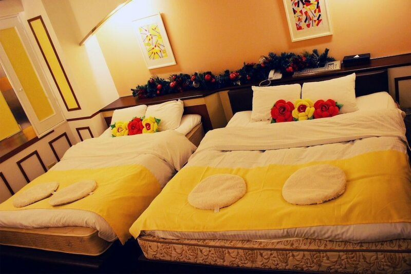 Hotel First Inn - Adults Only