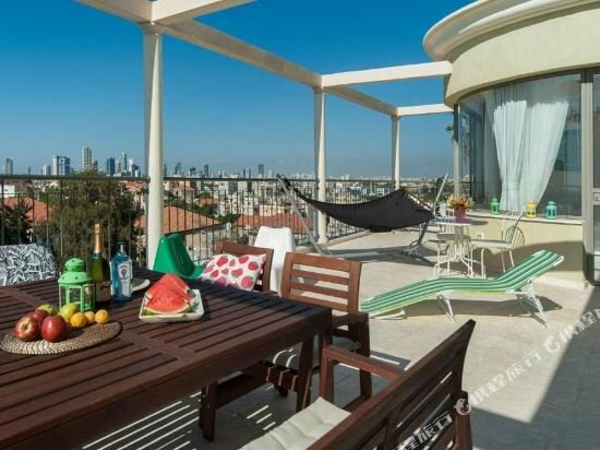 Luxury 5Bd in Jaffa with Balcony by Sea N Rent