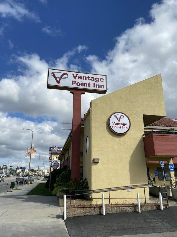 Vantage Point Inn Woodland Hills