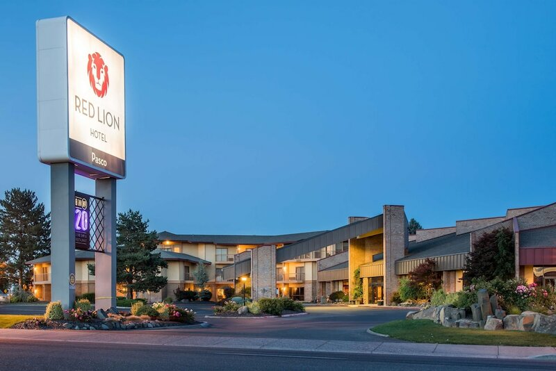 Red Lion Hotel Pasco Airport & Conference Center