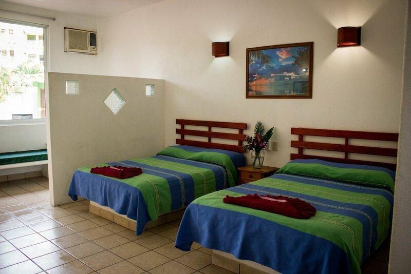 Suites & Hotel Punta Esmeralda