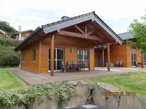 Eifel & See - Ferienhäuser Am Waldsee Rieden/Eifel