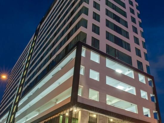 Borneo Vista Suites by Bv Hotel
