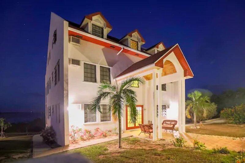Gems at Paradise Beach Hotel
