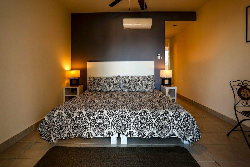 MariaMar Suites