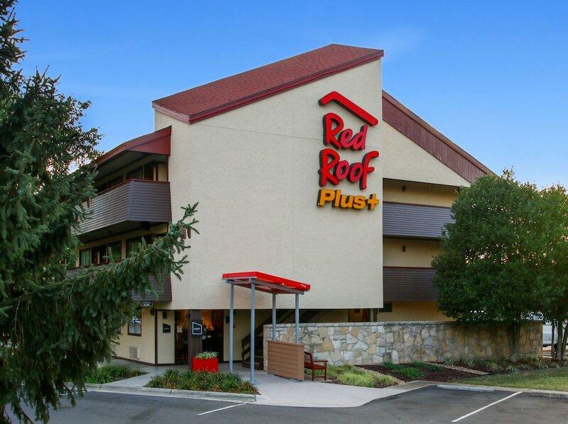 Red Roof Inn Plus+ Statesville