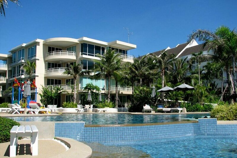 Baan San Ploen Condominium by Renvio