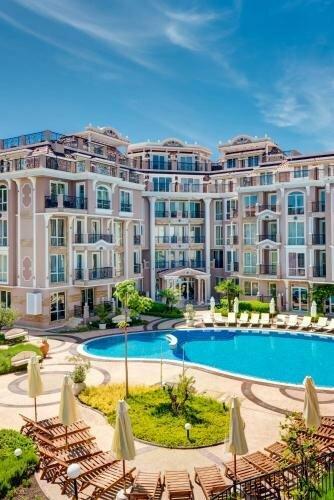 Aparthotel Izida Palace