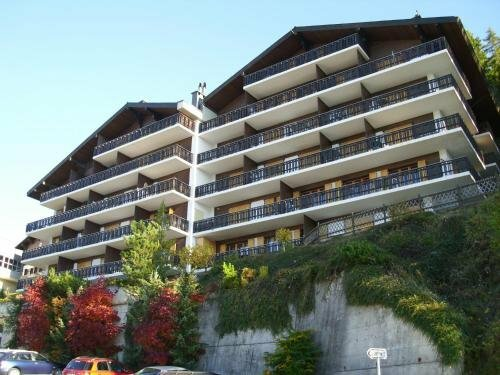 Mélèzes R-s Mountain & Ski Lift Apartements