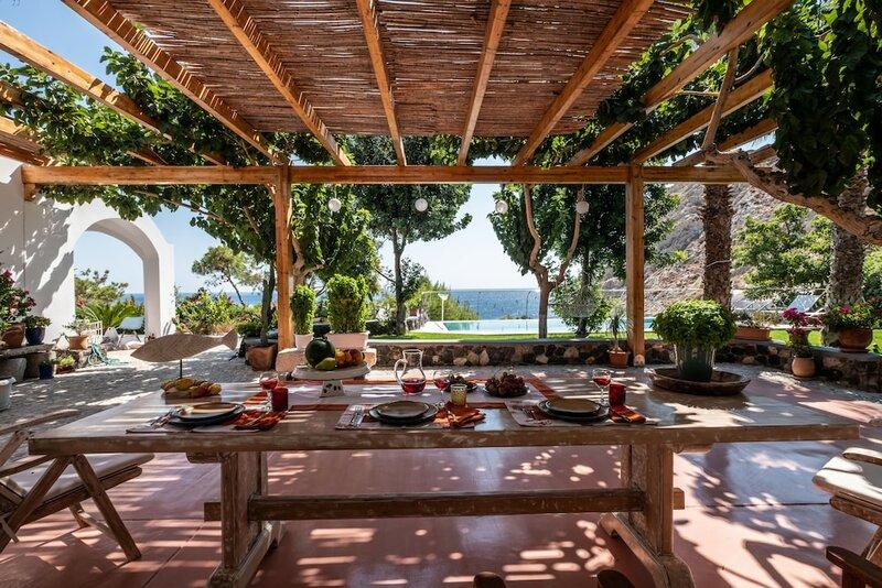 Santorini Mystique Garden