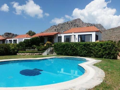 Lindos Villa Pebble
