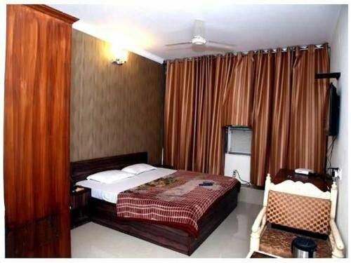 Haryana Hotel
