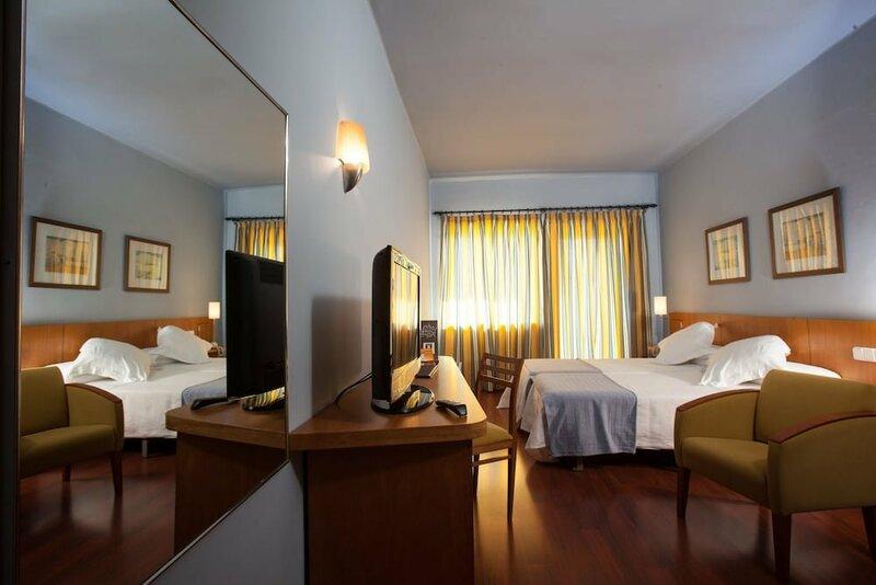 Nuria Hotel