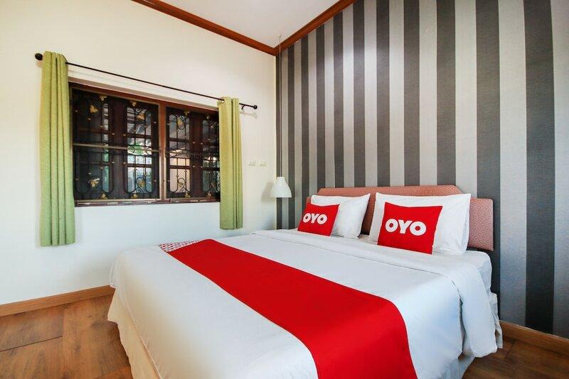 Oyo 1117 Phuket Airport Suites