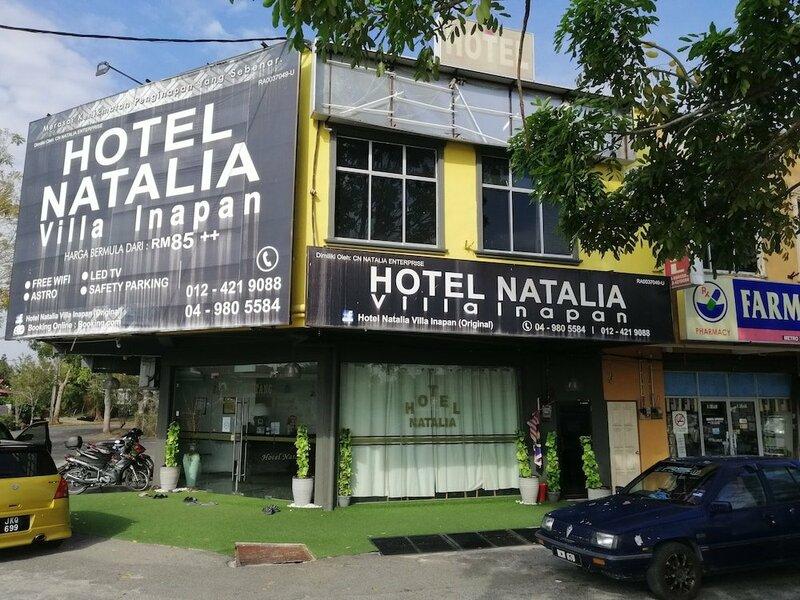 Oyo 90010 Hotel Natalia Villa Inapan