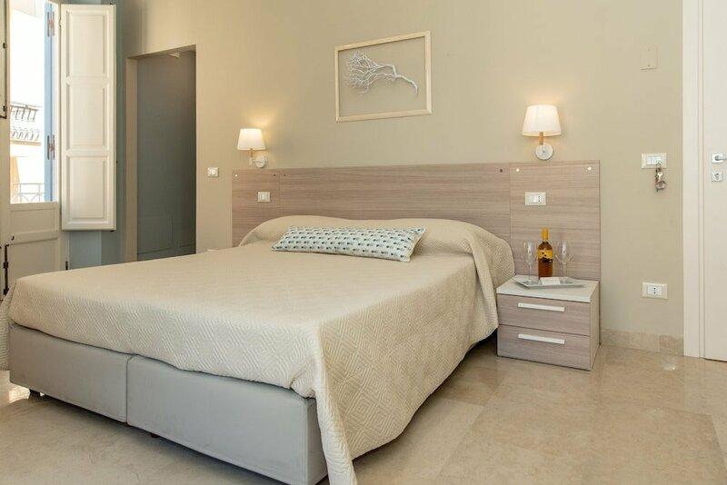 Xenia Rooms