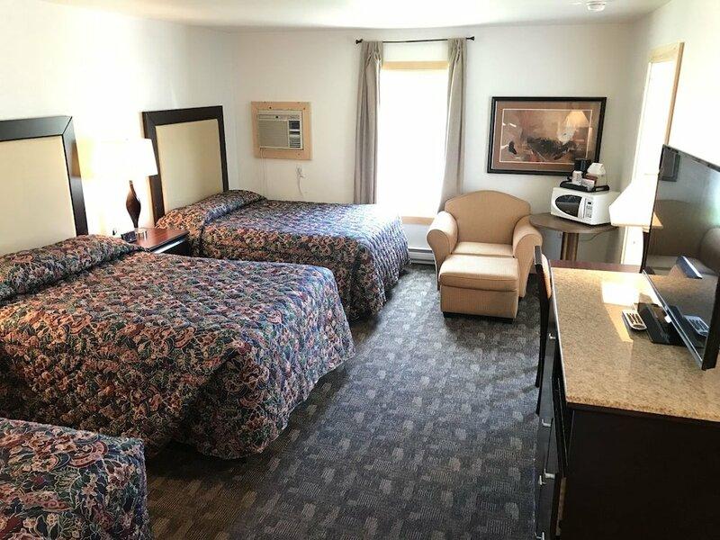 Cody Holiday Lodge