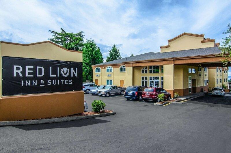 Red Lion Inn & Suites Des Moines
