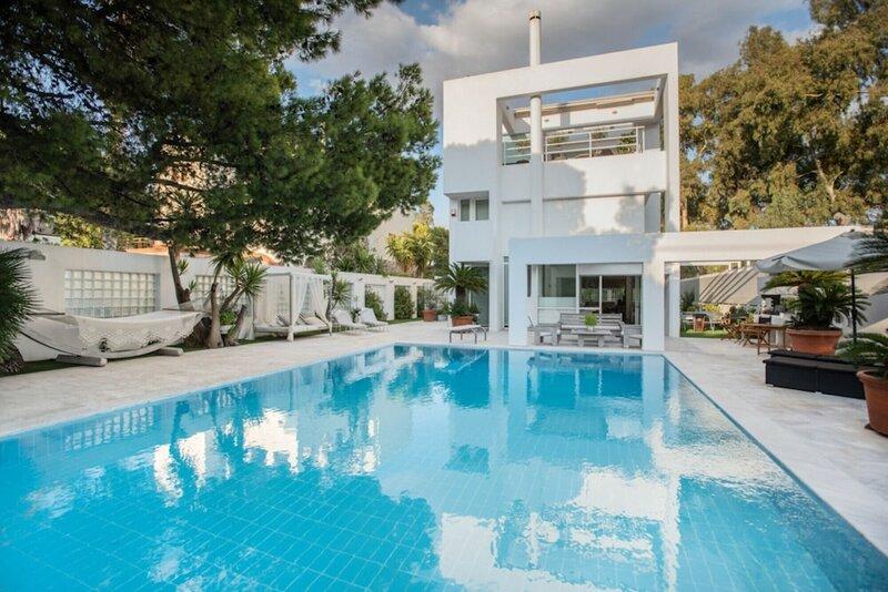 Perfect Athenian Villa