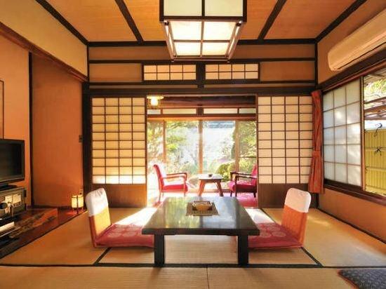 Traditional Onsen Ryokan Izu Yugashima Shirakabe
