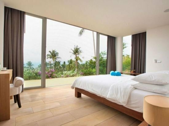 6 Bedroom Panoramic Sea View Villa Samui