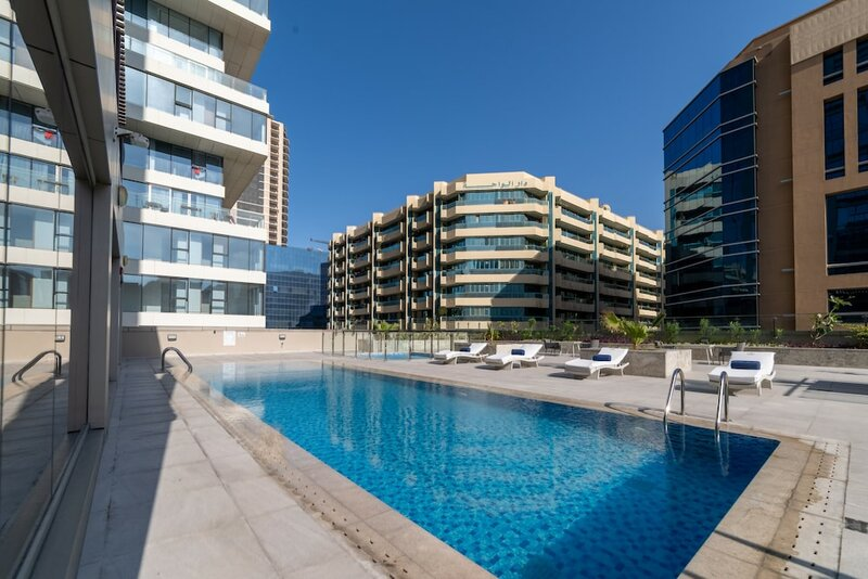 Suha Mina Rashid Hotel Apartment