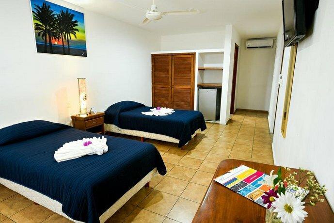 International House Riviera Maya