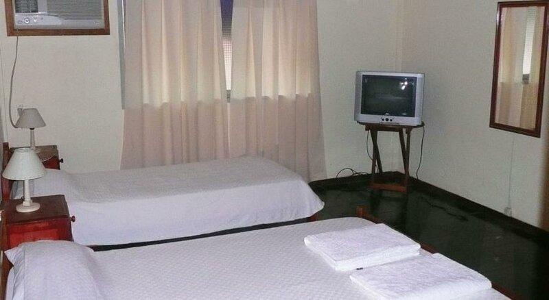 Residencial Uno Hostel