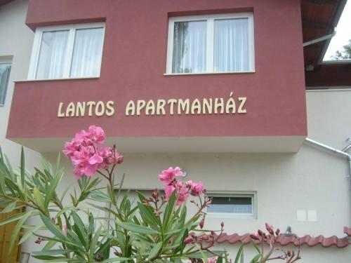 Lantos Apartmanház