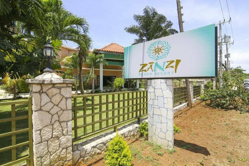 Zanzi Beach Resort