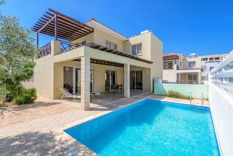 Konnos Beach Villas