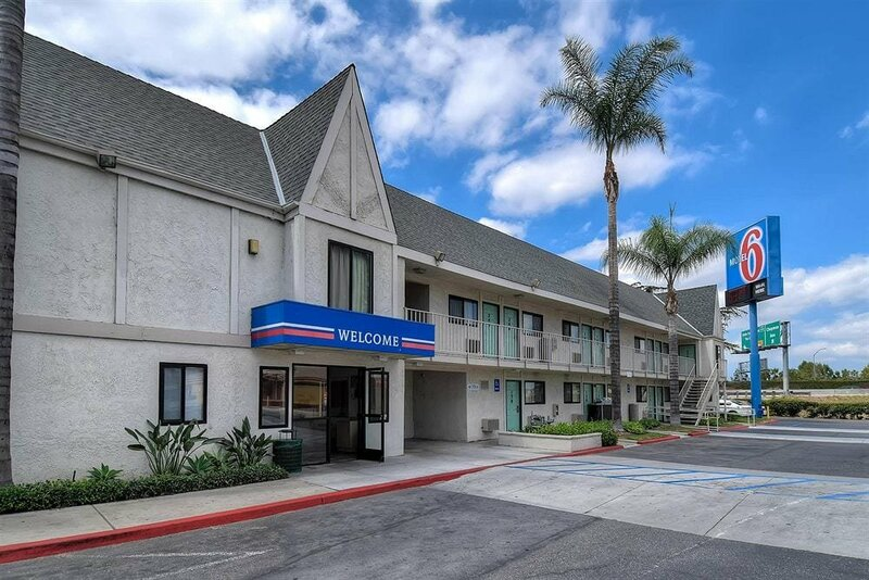 Motel 6 Anaheim Stadium - Orange