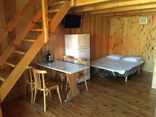 Namelių ir 2-4 vietų kambarių nuoma Šventojoje, Žuvėdrų g