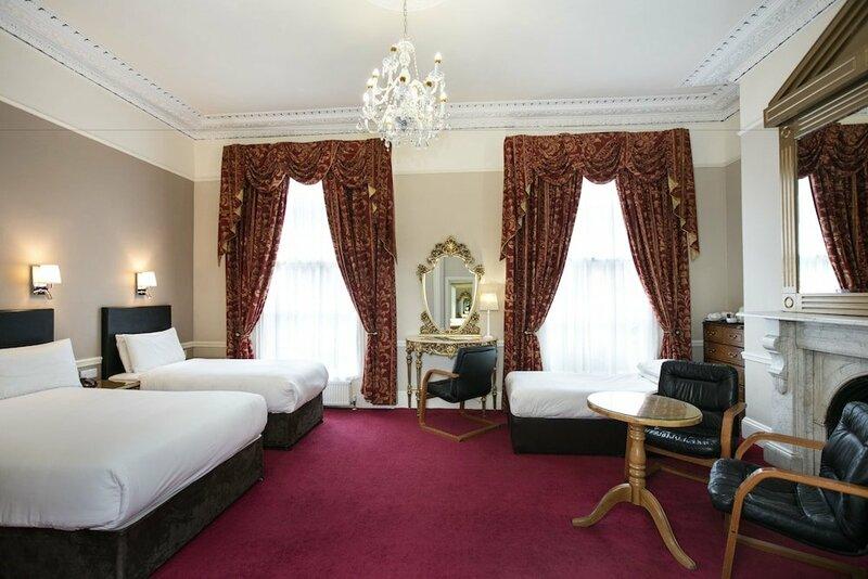 Harcourt Hotel