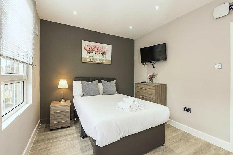 Toynbee Street Ro 1 · Ideally Located Room Near Barbican