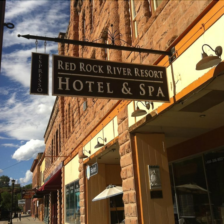 Red Rock River Resort and SPA
