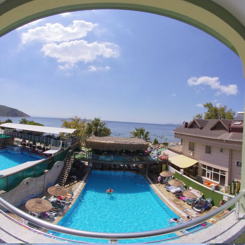 Denizati Paril Hotel